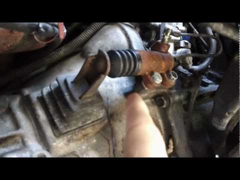 How To Fix a Transmission Clutch Slave Cylinder on a 1991 Toyota Pickup