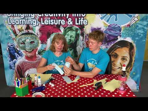 GUINNESS WORLD RECORDS top tips from The Creation Station – Longest paper chain in 24 hours