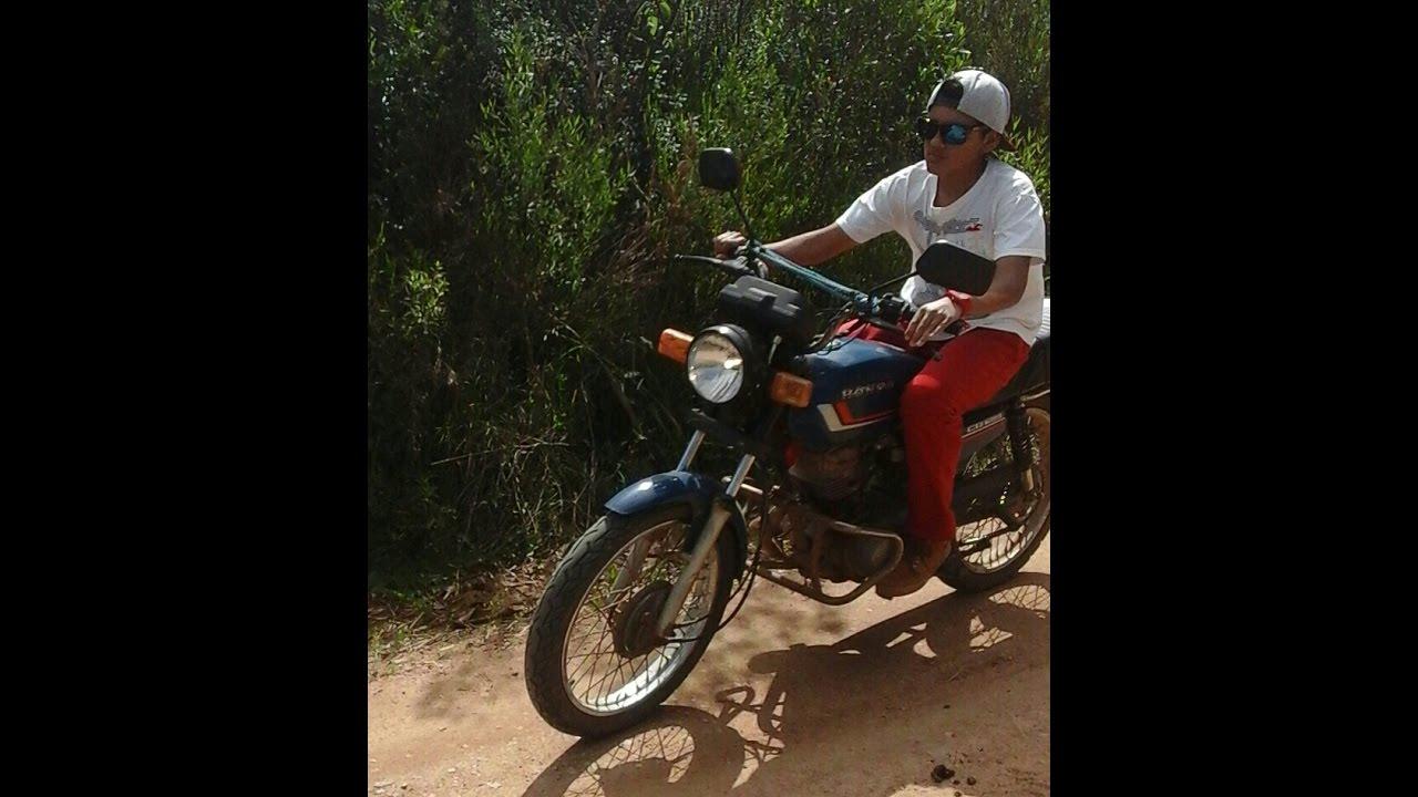 Andando De Moto Quase Pelada 1 - Moto G Dual Sim Xdating-2135