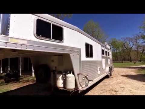 2000 Elite Aluminum 3 Horse Trailer With Generator - For Sale