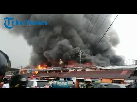 Pasar Atas Bukittinggi Terbakar Sejak Senin 30102017 Dini Hari, Begini Penampakannya