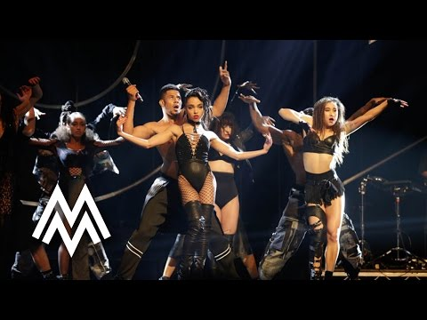 FKA twigs | 'Figure 8' & 'In Time' live at MOBO Awards 2015 | MOBO