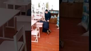 Смешное видео с однокласниками ))))))))))(, 2017-02-22T19:50:16.000Z)