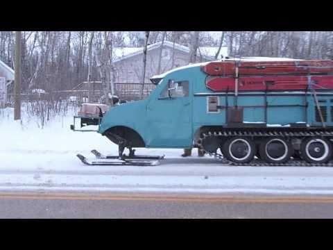 Ice fishing lake winnipeg part 1 youtube for Lake winnipeg fishing report