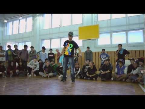 Dubstep Dance Show - Dragon 2012/Song: Muse Feeling Good (dubstep remix)