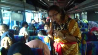 Bus 5 bergoyang By SMPN 1 BANGIL