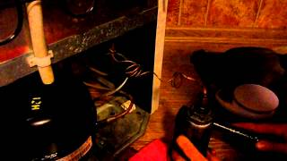 ремонт холодильника, прочистка капиллярной трубки(прочистка капиллярной трубки на примере холодильника Атлант., 2013-08-19T06:25:58.000Z)