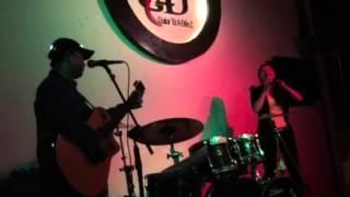 Liên khúc Acoustic Guitar cực phê - Nam Dương ft Bùi Anh Tuấn - G4U Cafe (22/9/15)