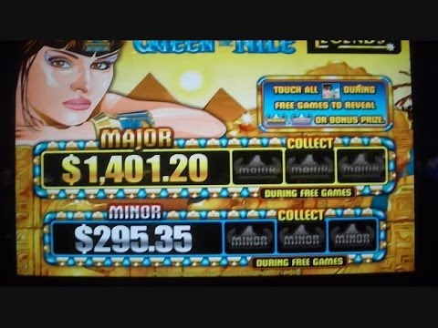 Queen of the Skies Slot Machine - Play Online for Free
