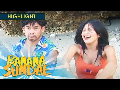 Banana Sundae: How to ask for help when stuck in an island