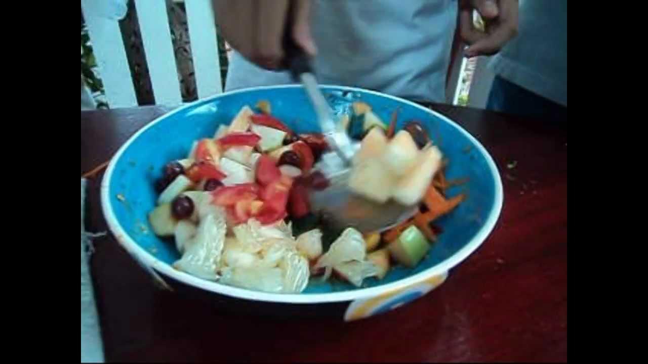 Thai Som Tam fruit salad - YouTube