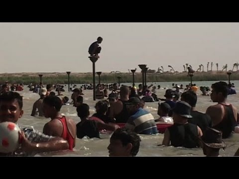 Iraqis escape country's woes at lake resort
