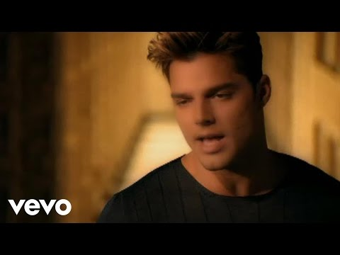 Ricky Martin - Vuelve (Video (Spanish) (Remastered))