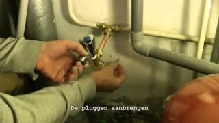 Een kraan installeren met knelfittingen voor de wasmachine of CV ketel