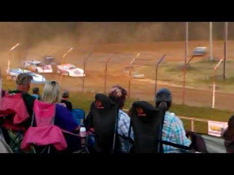 Dog Hollow Speedway Super Late Model Heat race