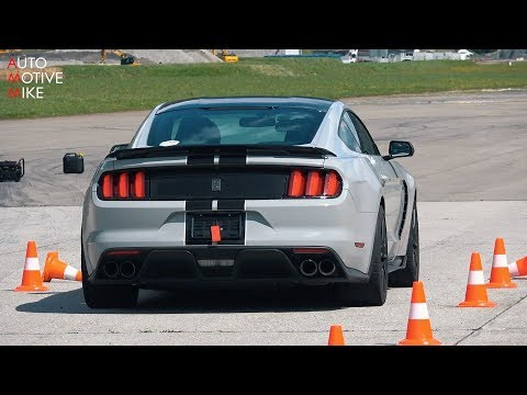 Shelby GT350 drag racing at closed Swiss airfield!