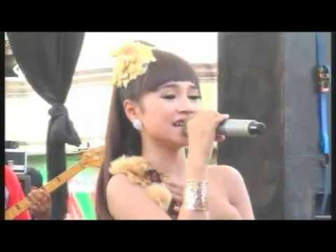 Tiada Guna - Voc.Tasya Rosmala Live Tegal 2017