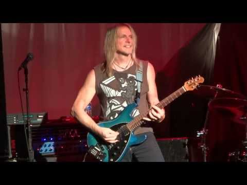 Steve morse band opening for joe satriani house of blues new orleans 2013