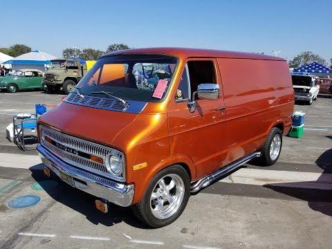 1972 Dodge Tradesman Van