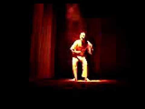 peça de teatro Nô - Como a brisa de outono