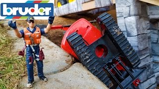 BRUDER Excavators crash video for kids!
