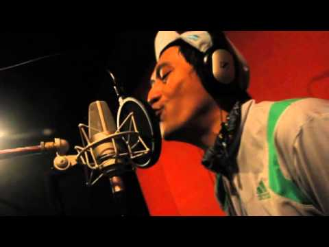 Free Download Tony Q Rastafara -  Menjemput Mimpi (album Launch) Mp3 dan Mp4