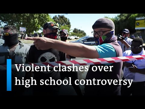 Violent clashes after allegations of racism at South African high school | DW News