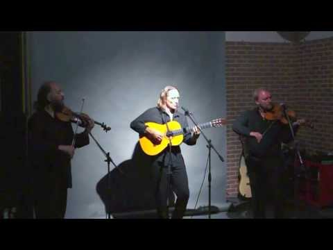 Видео: Цыганская скрипка. Ансамбль Лойко
