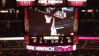 kirk hinrich tribute bulls at united center