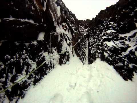 """Ruta """"La Bariloca"""" (800mts, MD; 50º, M5), Monte Olivia-Tierra del Fuego-Argentina"""