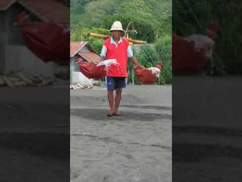 Natural Salt Making in Bali