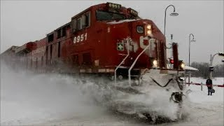 CP TRAIN IN THE SNOW AT BEAUREPAIRE - 01-08-18