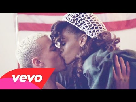 Rihanna - We Found Love (Official Video) ft. Calvin Harris