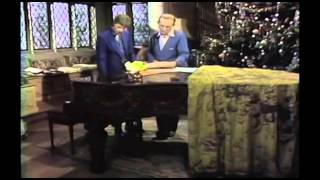 Musicless Musicvideo / BING CROSBY & DAVID BOWIE - The Little Drummer Boy