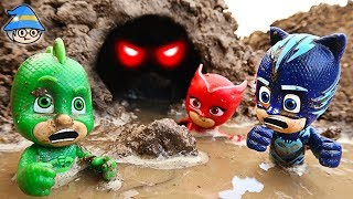 PJ Masks met a cave ghost in the water. PJ Masks in a puddle of water.