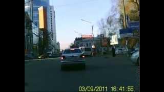 Автомобильный видеорегистратор dv md 80