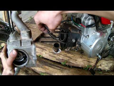 Как снять головку и цилиндр на мопеде Альфа, и поменять под ними прокладки.