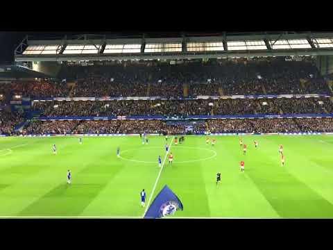 Merinding!!! Supporter Menyanyikan Lagu untuk Chelsea FC