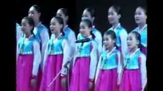 korean student singing Nepali National Anthem and songs (kesharthulung.blogspot.com)