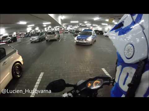 Police Chase / Polizei Verfolgungsjagt / Roller vs Polizei / Scooter vs Police RAW