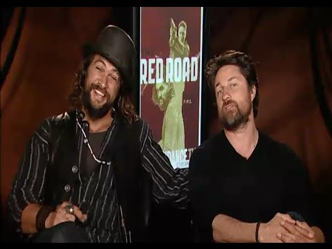Hilarious Jason Momoa Interview! Game of Thrones, Britney Spears, Madison Bumgarner!