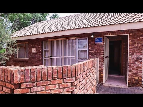 2 Bedroom Townhouse for sale in Northern Cape | Kimberley And Diamond Fields | Kimberle |