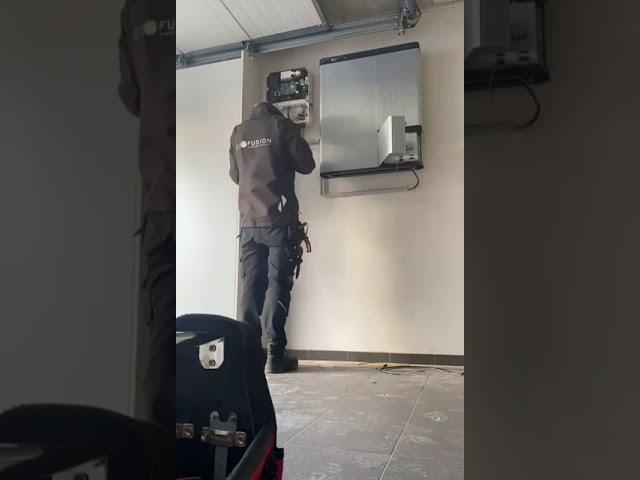 Installatie thuisbatterij - LG Chem - Timelapse