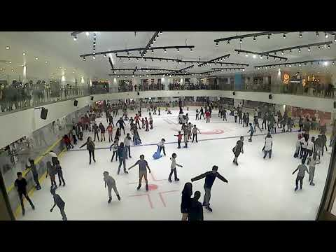 Time Lapse In Blue Ice Skating Rink Dekat Paradigm Mall Johor Bahru