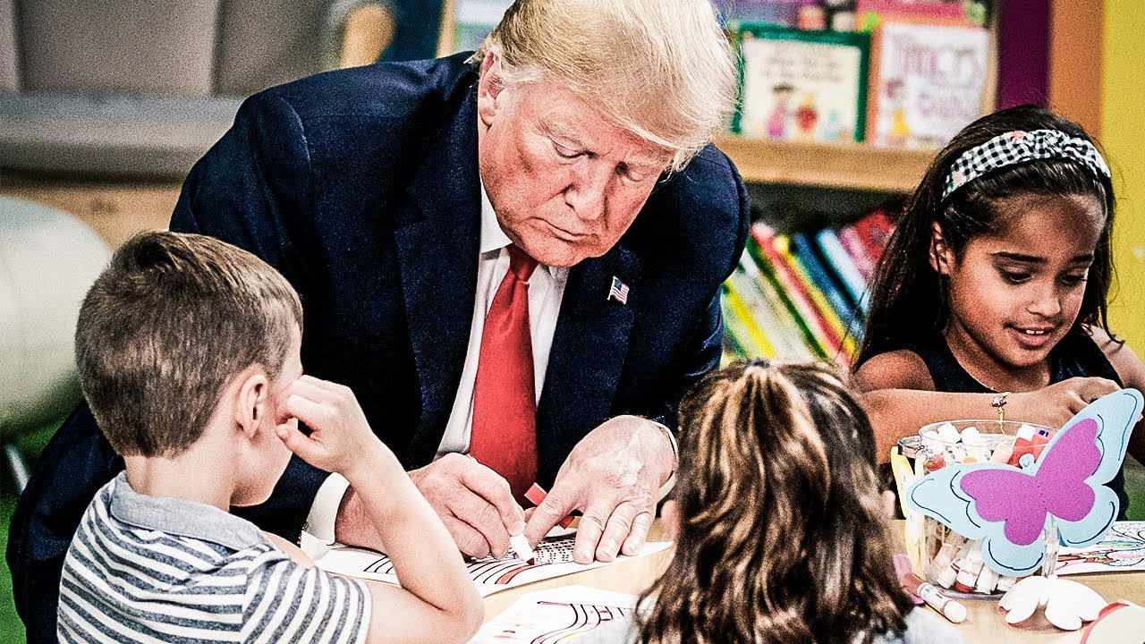 Trump Ruins Photo Op By Coloring American Flag The Wrong Colors