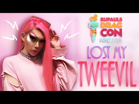 Dressed Up As A Tweevil Doll [ DRAGCON NY 2018 PART 2 ]