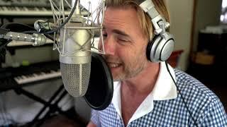 """Incredible"" Studio Session   Gary Barlow"