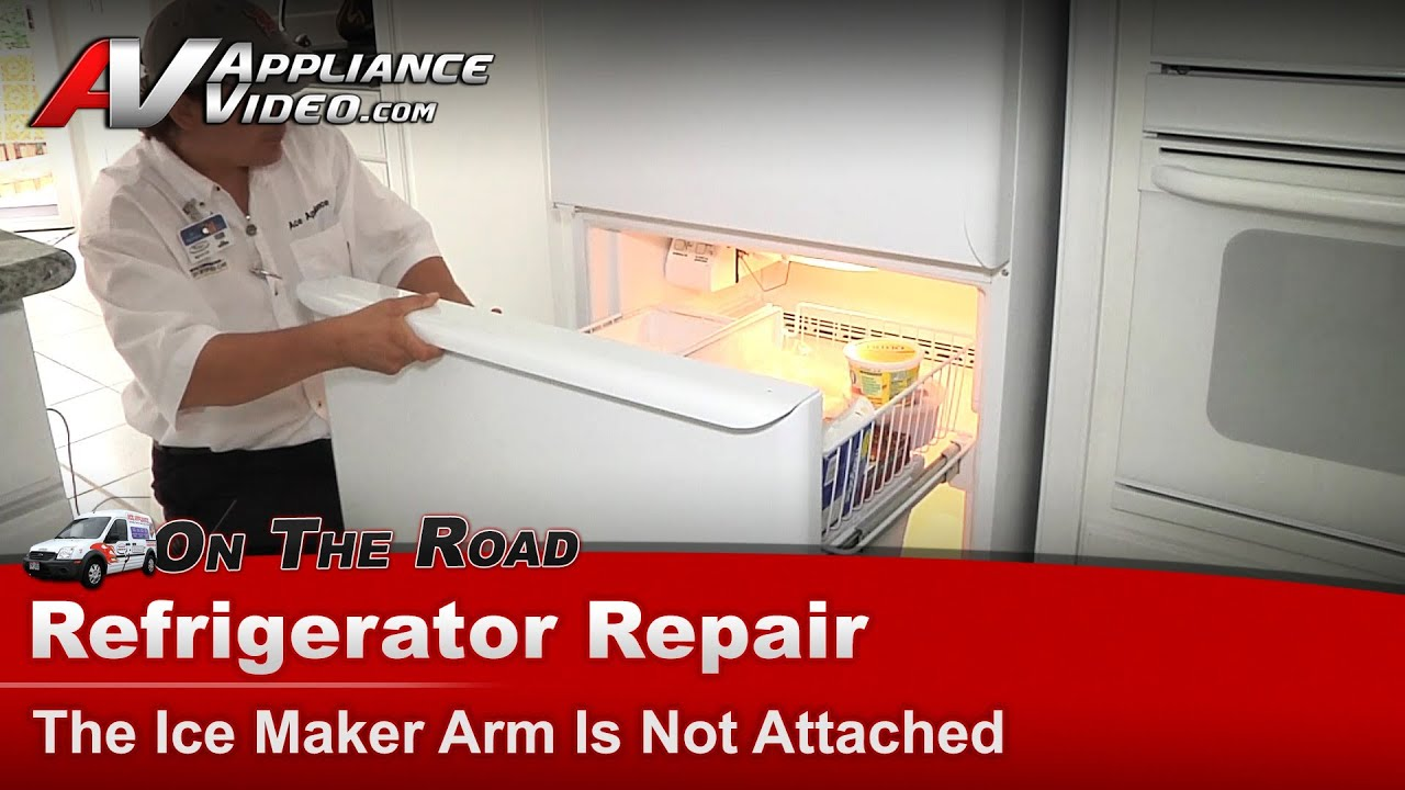 How to Hook Up a Water Line to a Refrigerator From the Sink