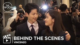 Download [Behind the Scenes] Song Joong-ki pulls Jeon Yeo-been into his arms | Vincenzo [ENG SUB]