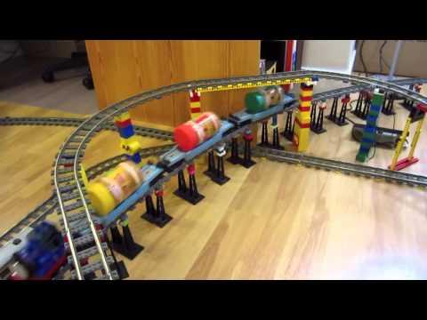Игрушечная Железная Дорога LEGO Thomas! Смотри на что она способна!!!